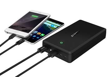 AUKEY Quick Charge 3.0 Power Bank