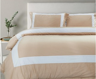 Hotelier Prestigio™ Bed Sheet